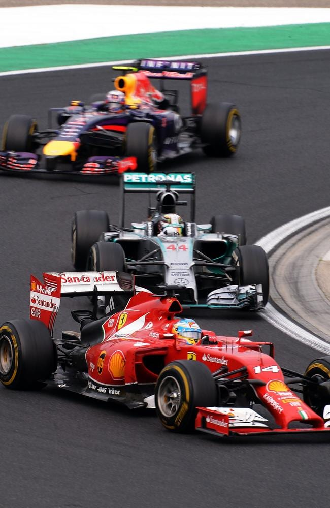 Ricciardo trailed Hamilton and Alonso in the late laps.