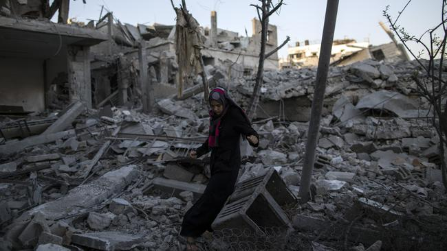 The rubble of war in Shu Jaia, Gaza, on August 14. Photo: Getty Images.