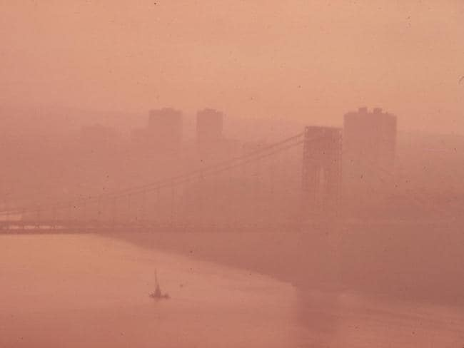 The George Washington Bridge in heavy smog. View towards the New Jersey side of the Hudson River. Picture: Chester Higgins/Documerica/US National Archives <a capiid='48bba0a8d9421dc1b41e1e606d22529e' class='capi-video'>This Is How Bad New Delhi's Air Pollution Is</a>