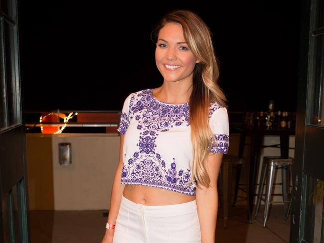 sam frost dating website Frost received a lot of public support after she was publicly humiliated on the reality dating series, however has been embroiled in more than a few scandals since the channel 10 show wrapped up former bachelor contestant sam frost picture: wayne daniels/maxim magazine.