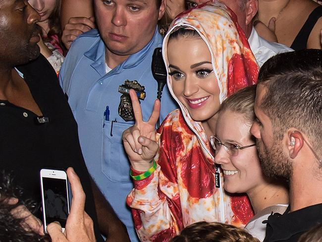 Over 200 fans showed up to meet Katy Perry after announcing on stage that she will run up the steps at the Philadelphia Museum of Art.