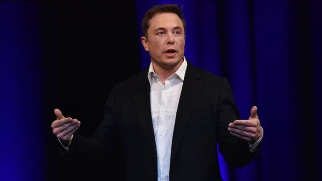 L'imprenditore miliardario e fondatore di SpaceX Elon Musk parla al venerdì a Adelaide al 68 ° Congresso Internazionale Astronautico 2017.  Foto: AFP
