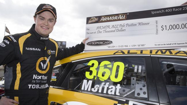 Moffat took his first V8 pole for Race 25.