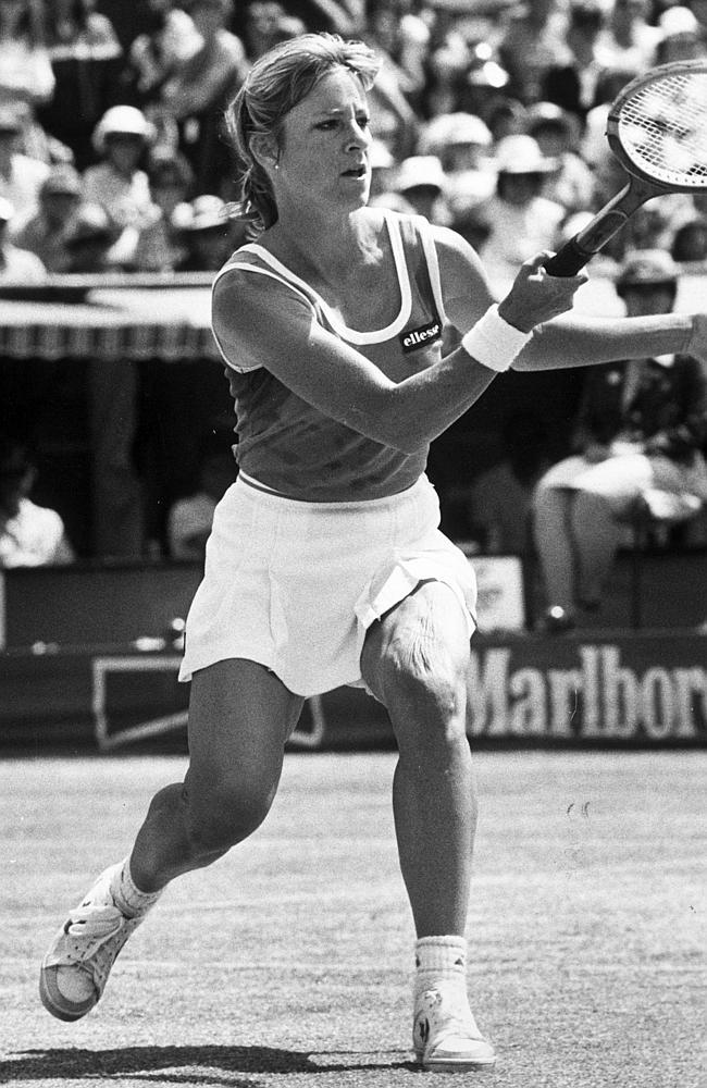 Chris Evert takes on Martina Navratilova at Kooyong in 1982.