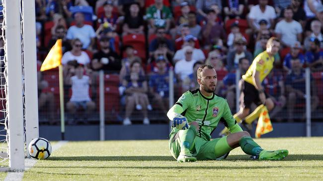 Jets goalkeeper Jack Duncan had a bad afternoon. (AAP Image/Darren Pateman)