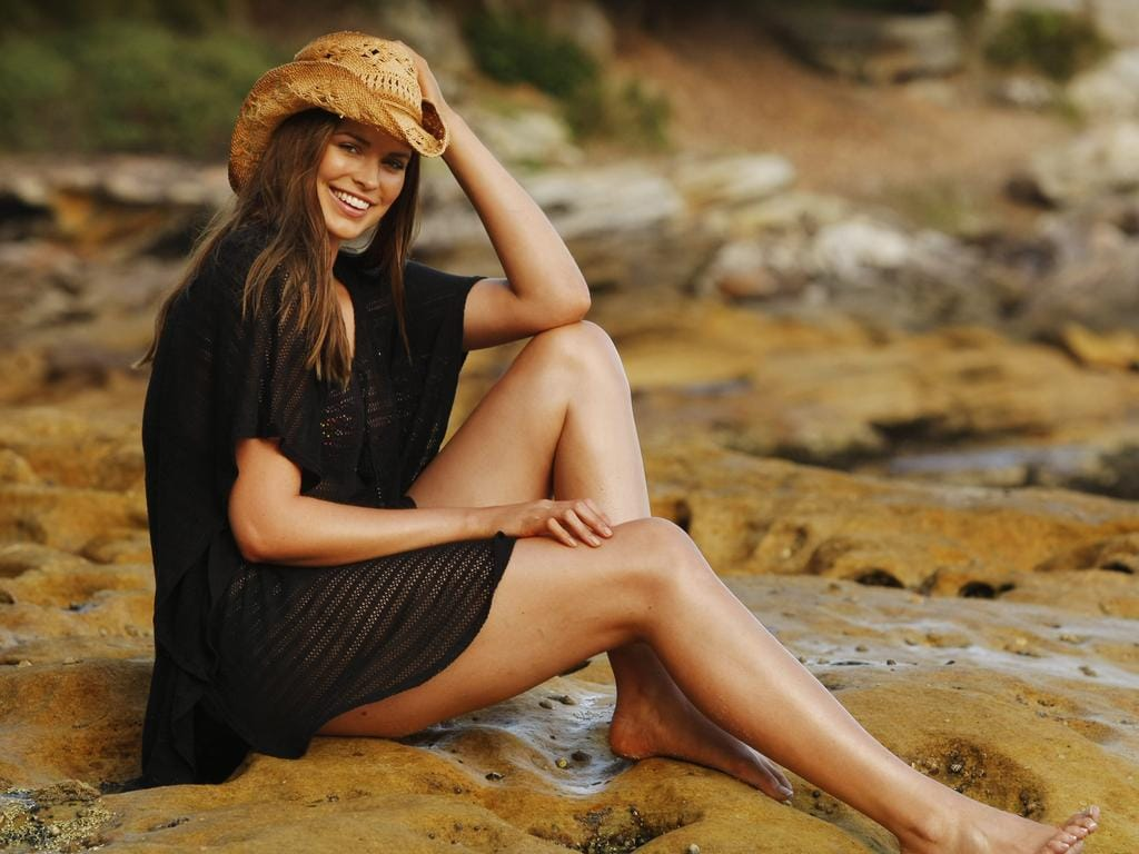 Plus size model Robyn Lawley at Manly in Sydney, who has been hailed as a plus-size Elle McPherson by international agents, who say her look is similar to The Body, AKA Elle Macpherson. Picture: Sam Ruttyn