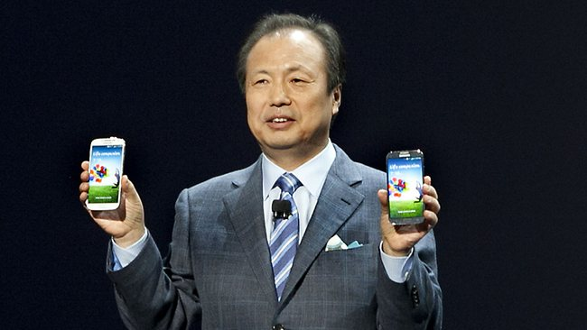 JK Shin, President and Head of IT and mobile communication division of Samsung introduces the Samsung Galaxy S4 at an event in New York.