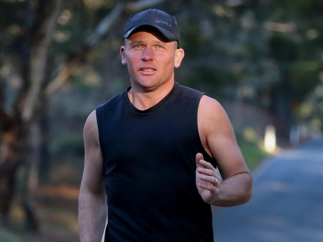 Andrew Biszczak started the Million Dollar Run and ran 3000kms from Adelaide to Brisbane to raise money for research into epidermolysis bullosa. Picture: Ray Strange
