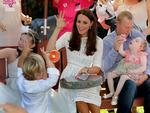 "The Duchess of Cambridge sings ""Twinkle Twinkle Little Star"" with patients at Bear Cottage, Manly"