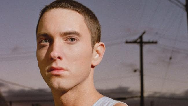 Eminem With Brown Hair And Beard Photos Of Rapper S New