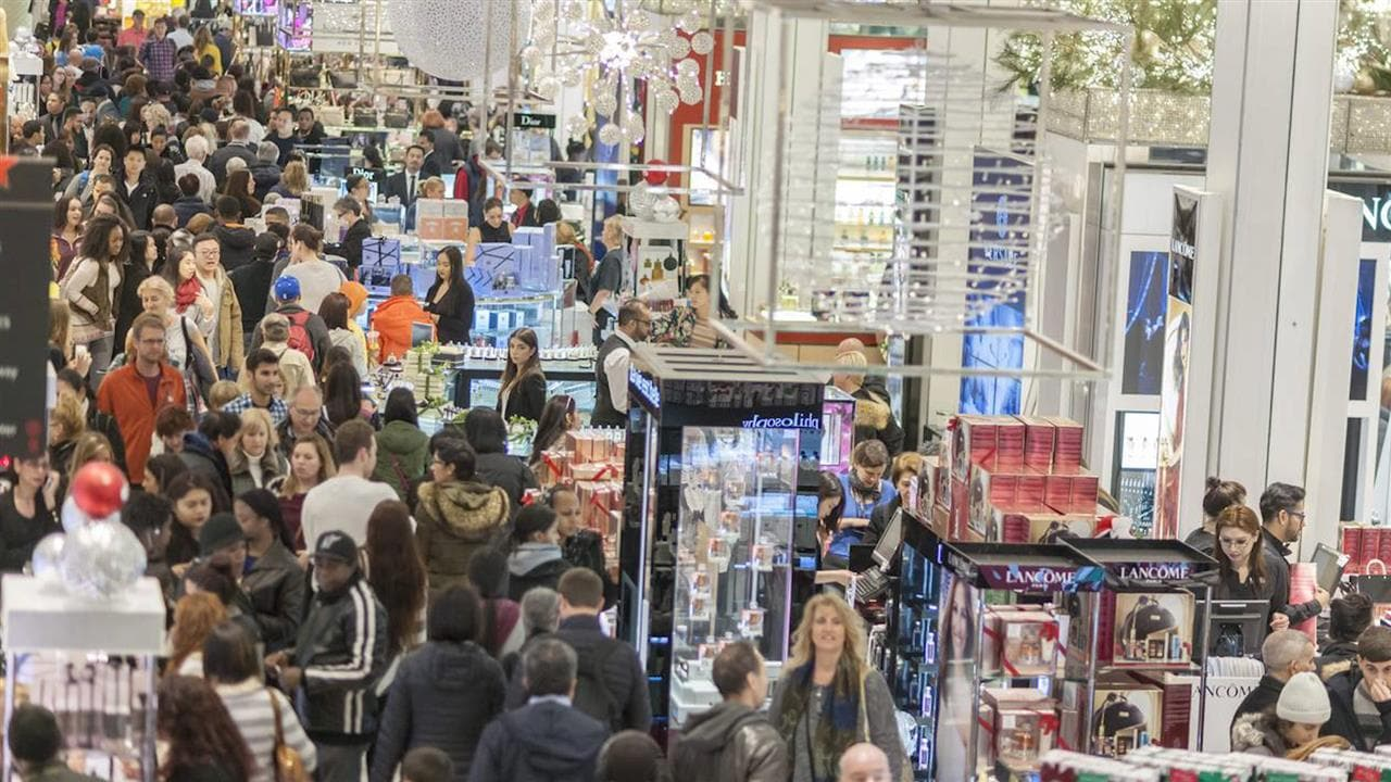 Black Friday and Cyber Monday are the biggest shopping events on the US calendar, with retailers offering discounts of up to 80 percent on big ticket items. If you're stuck here in Australia.