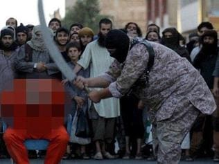 WARNING! EXTREMELY GRAPHiC Islamic State Publicly Beheads A Man In Raqqa On Charges Of Apostasy. TerrorMonitor