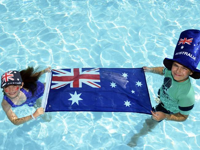 Samantha Beregi 6 And Brother Oscar 10 Of Neutral Bay Having Fun Gearing Yp For Australia Day Celebrations At North Sydney Olympic Pool