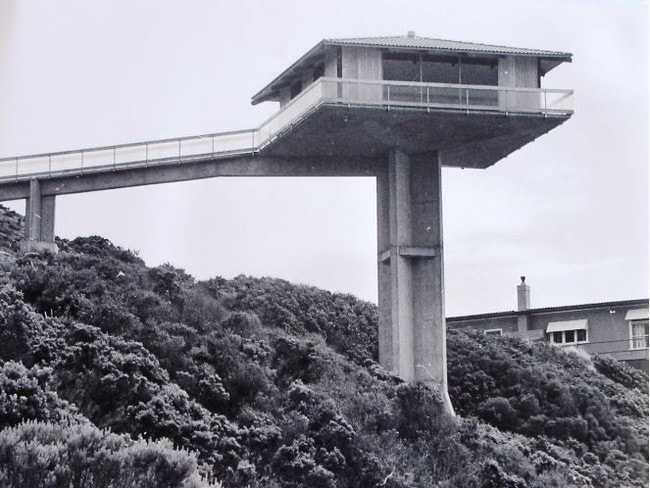 Concrete Pole House : The pole house in fairhaven along great ocean road