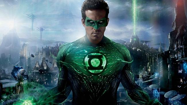 "In 2011 Ryan Reynolds played a superhero in ""Green Lantern"". Now we find out he's scared of cats."