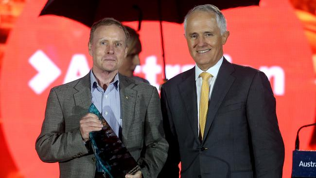 The Australian of The Year has become the ultimate elite club divorced from ordinary Australians  General David Morrison AO receives his award from Prime