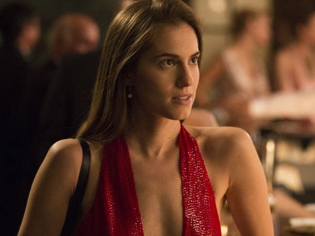 Allison Williams says she will never appear naked on Girls.