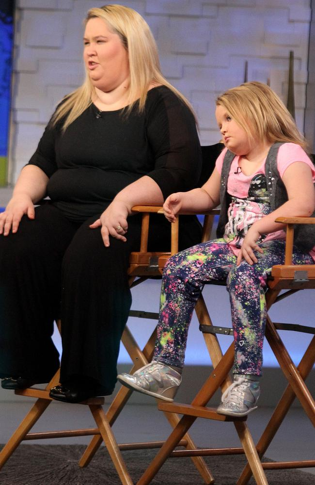 Mama June with her daughter Honey Boo Boo before her weight loss journey.