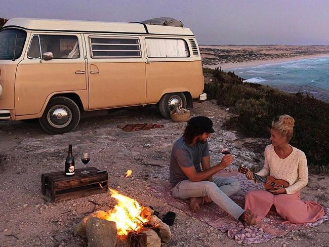 Domenic Palumbo and Elise Cook say they never get bored living life on the road. Picture: Instagram/elisecook