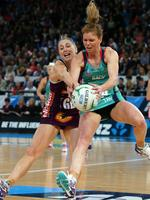 Tegan Caldwell holds on despite Clare McMeniman's attention. Picture: Norm Oorloff