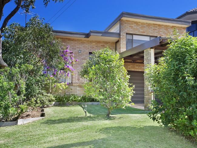 8 Connaught St, Narraweena, attracted an offer over $1 million in nine days.