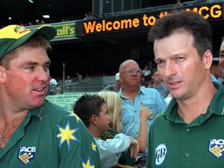 Cricketer Shane Warne (l) with Steve Waugh at MCG 12 Feb 1999. p/