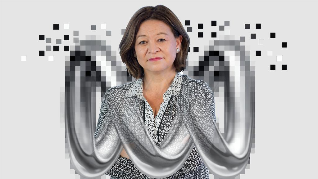 michelle guthrie - photo #5