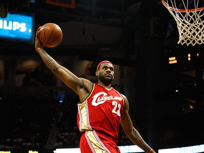 LeBron James soars to the ring.