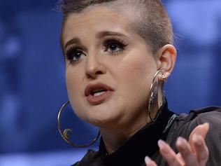 PHILADELPHIA, PA - OCTOBER 05: Kelly Osbourne, TV Personality, Host, Fashion Designer, Singer & Actress speaks at Forbes Under 30 Summit at Pennsylvania Convention Center on October 5, 2015 in Philadelphia, Pennsylvania. (Photo by Lisa Lake/Getty Images)