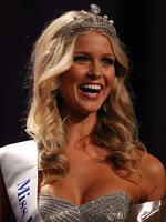 <p>Renae Ayris of Western Australia is announced as the winner during the crowning ceremony to announce the 2012 Miss Universe Australia at the Sofitel Melbourne on Collins on June 8, 2012 in Melbourne, Australia. (Photo by Scott Barbour/Getty Images)</p>
