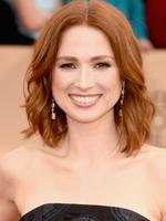 Unbreakable Kimmy Schmidt star Ellie Kemper smiles for the cameras at the 22nd Annual Screen Actors Guild Awards. Picture: Jason Merritt/Getty Images