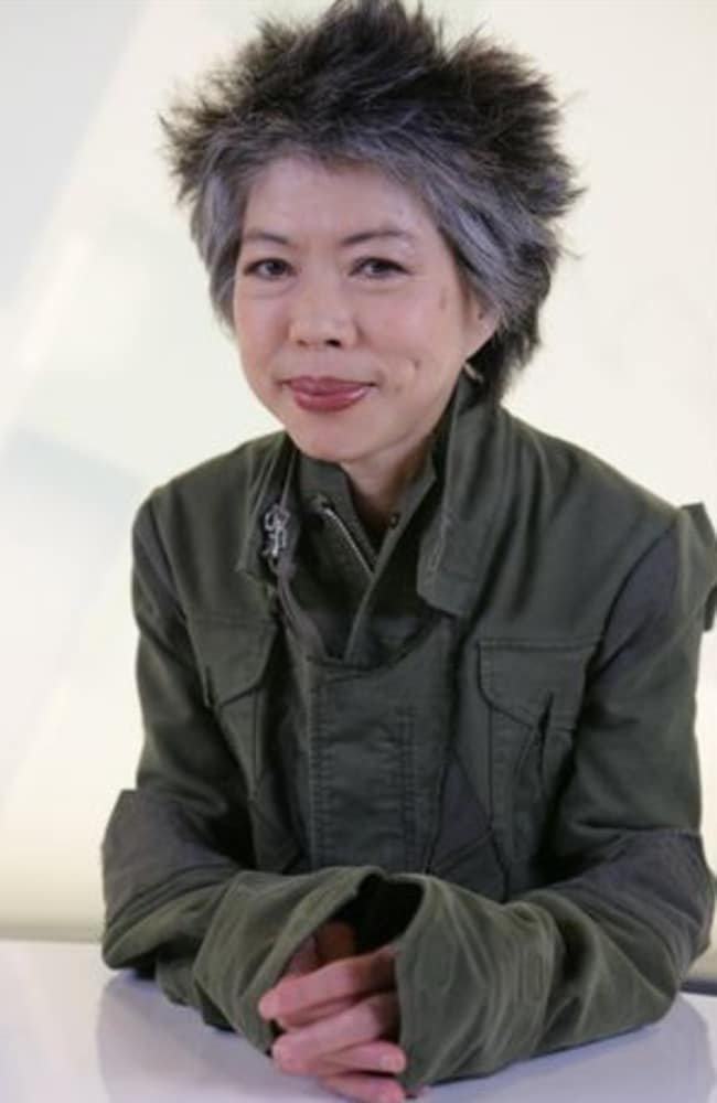 SBS news reader Lee Lin Chin