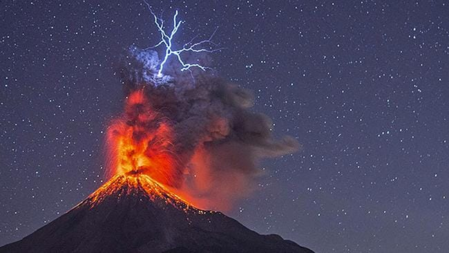 Lightning Hits Lava At Mexican Volcano Photos Are Incredible - Active volcanoes in mexico