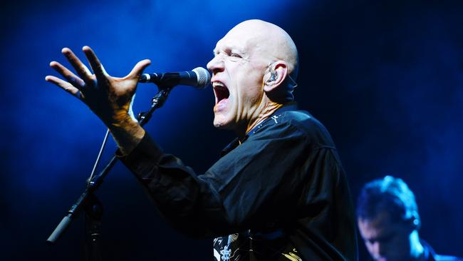 Peter Garrett will perform at Australian zoos this year.