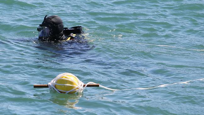 Police divers search Perth's Swan River for clues in ...