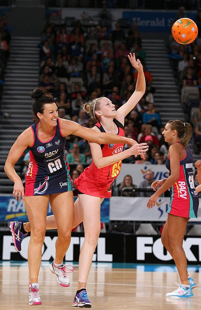 Vixens outfoxed by Magic