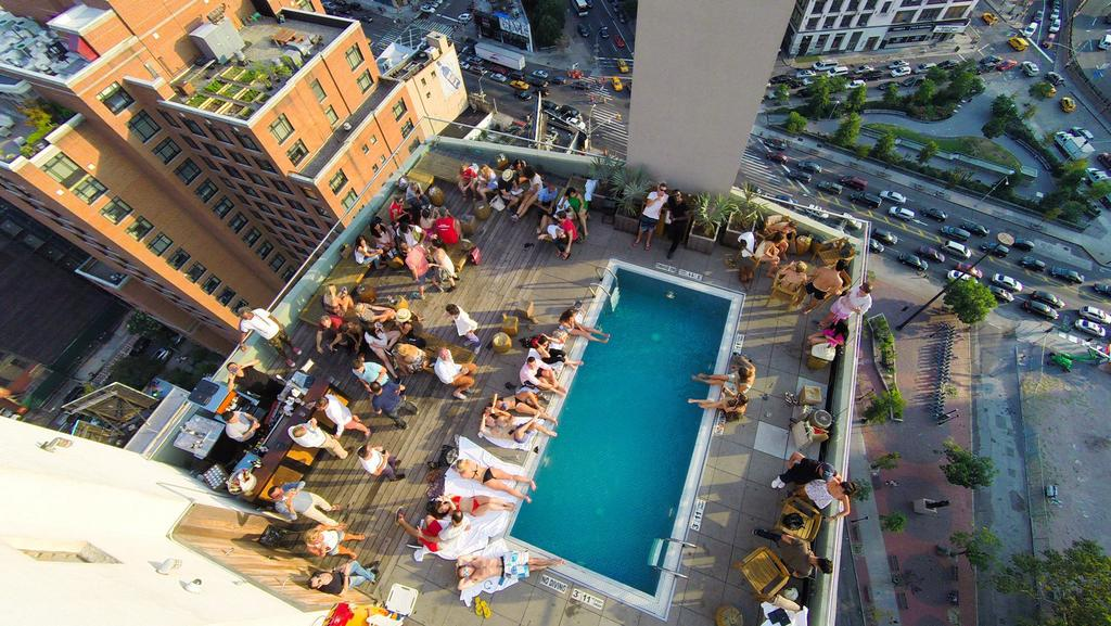 11 Best Rooftop Bars In New York City Escape