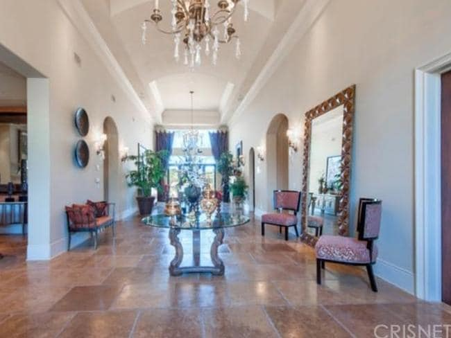 The glamorous foyer of the couple's new abode. Picture: Zillow.com.