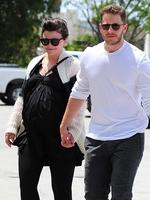 Actress Ginnifer Goodwin shows off her pregnancy figure as she steps out with new husband Josh Dallas. Picture: Splash