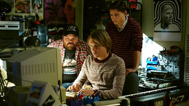 Jordan Raskopoulos (left) with Alex Williams and Callan McAulliffe in Underground: The Julian Assange Story. Picture: Channel 10.