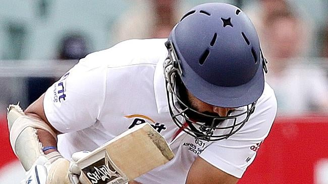 Monty Panesar's having a tough old time against Mitch Johnson.