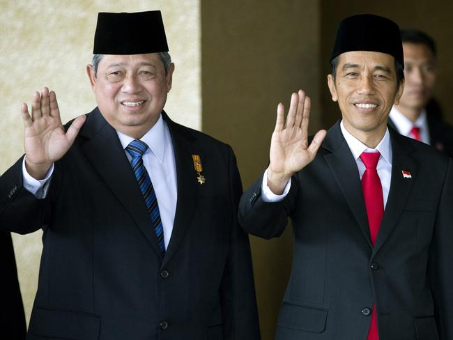 Executioner ... Former Indonesian President Susilo Bambang Yudhoyono, left, stands with Joko Widodo ahead of his swearing in as Indonesia's seventh president in 2014. Pic: AP Photo/Mark Baker
