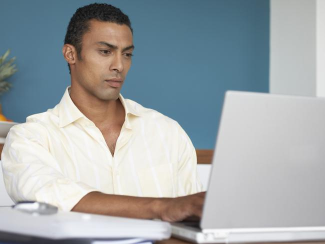 How can you spot dishonesty in an email?