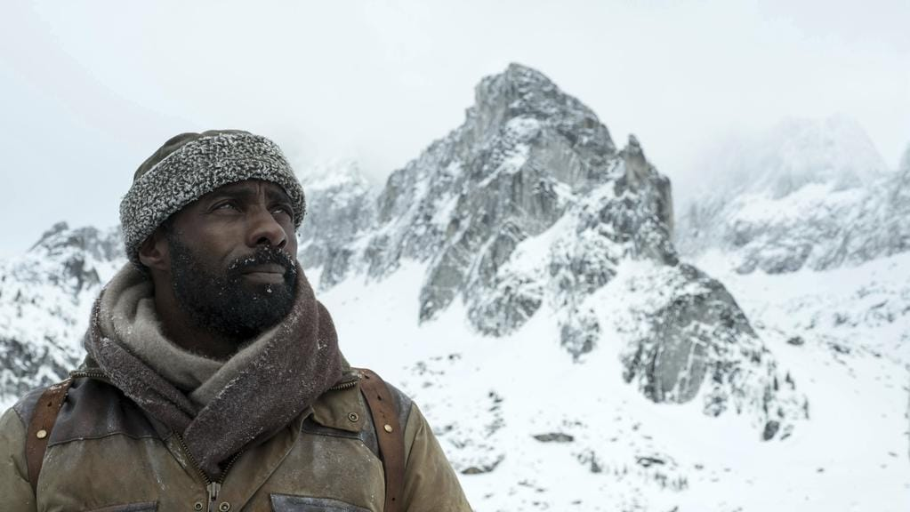 "This image released by Twentieth Century Fox shows Idris Elba in a scene from ""The Mountain Between Us."" (Kimberley French/Twentieth Century Fox via AP)"