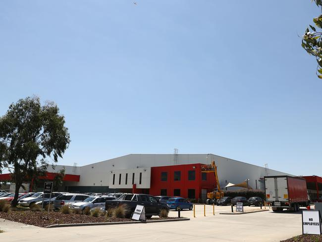 Amazon's huge warehouse in the Melbourne suburb of Dandenong might serve Victorians quickly, but those in other states will have to wait longer. Picture: Robert Cianflone/Getty Images