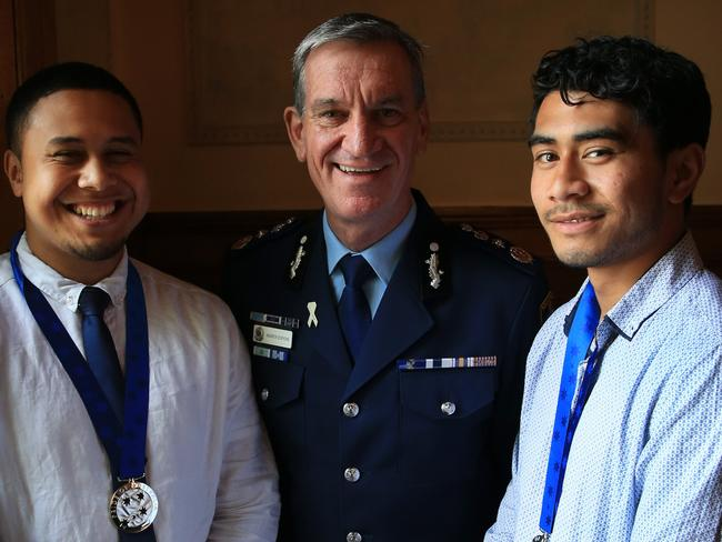Bravery... Derek Ah Chong (L) and Allice Ah Fa with NSW Police Commissioner Andrew Scipione.