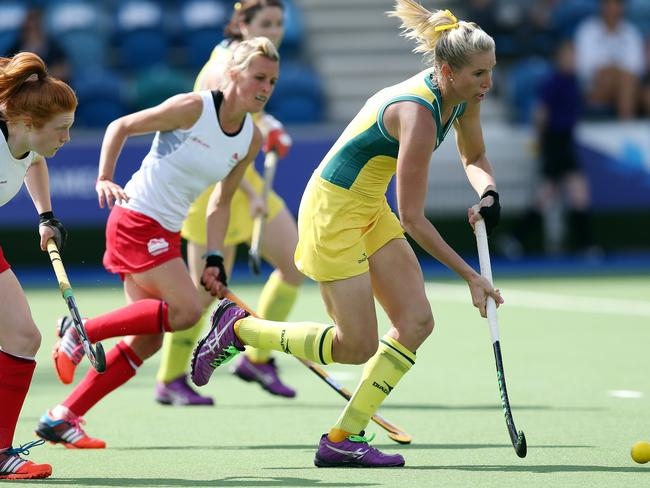 Australia's Jodie Kenny in action against England.