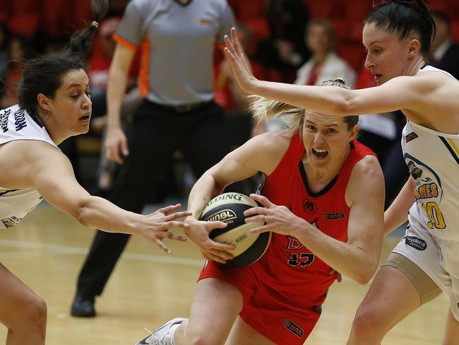 The defending champions in action against Perth Lynx. Sydney Uni Flames v Perth Lynx