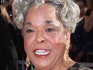 """FILE - In this March 8, 1998 file photo, actress Della Reese, nominated for best dramatic actress for her role in the television series """"Touched by an Angel"""", arrives for the Screen Actors Guild Awards in Los Angeles. Reese, the actress and gospel-influenced singer who in middle age found her greatest fame as Tess, the wise angel in the long-running television drama """"Touched by an Angel,"""" died at age 86. A family representative released a statement Monday that Reese died peacefully Sunday, Nov. 19, 2017, in California. No cause of death or additional details were provided. (AP Photo/Mark J. Terrill, File)"""