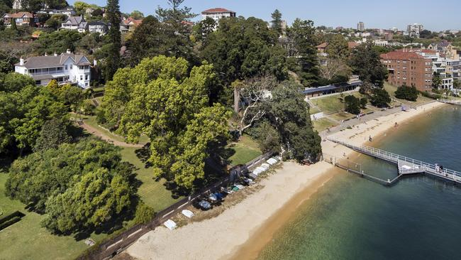 Elaine, a grand estate owned by the Fairfax family is rumoured to have sold for a record price.